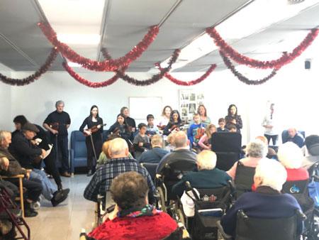 Música de violins per acompanyar i alegrar el Nadal