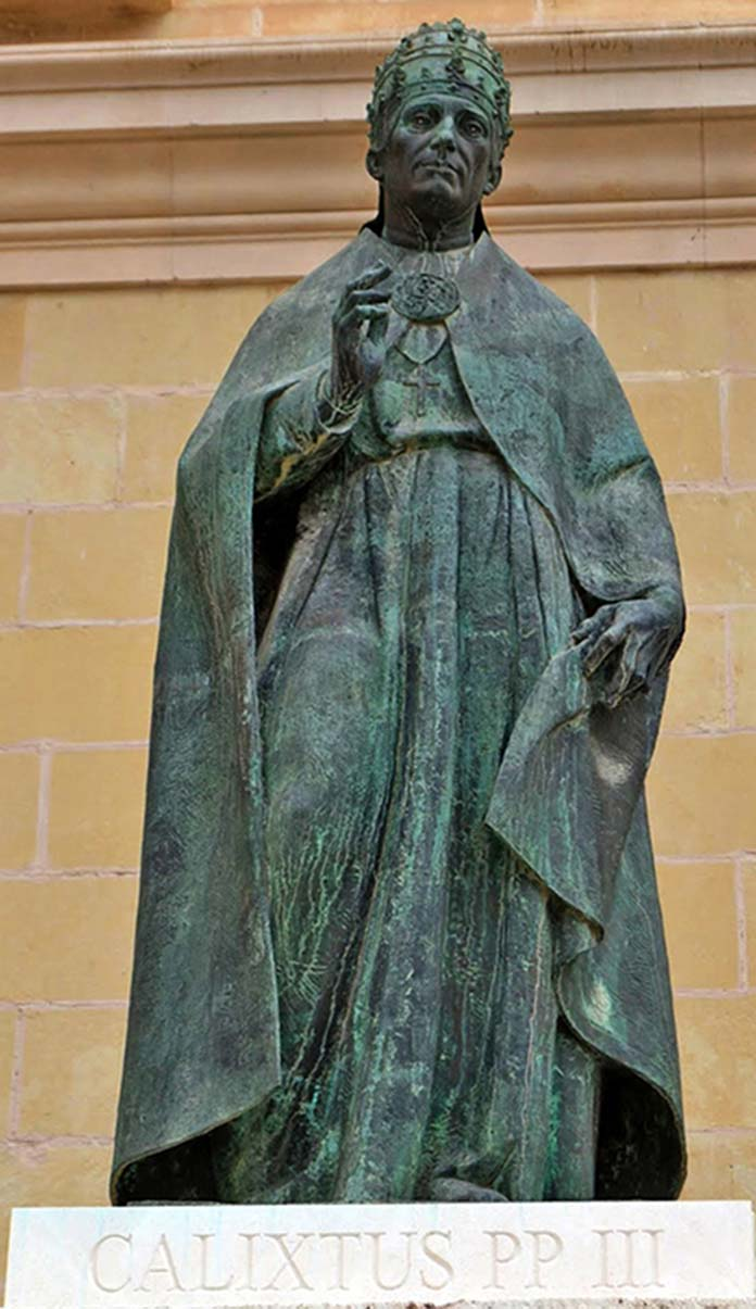 estatua-calixto3-colegiata-xativa