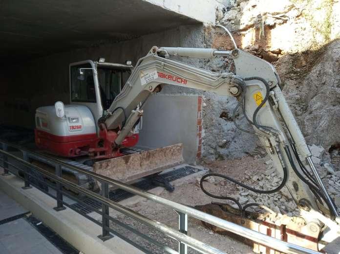 L'Alcúdia de Crespins inicia las obras para construir el paso subterráneo de vehículos