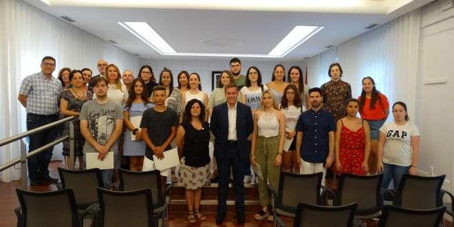 23 jóvenes se beneficiarán este verano en Xàtiva del programa «La Dipu Te Beca»