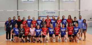 Un combinado universitario femenino de voleibol de Estados Unidos visitó Xativa la pasada semana para jugar un partido amistoso contra Xativa voleibol y previamente ambos conjuntos participaron en una actividad de deporte inclusivo.