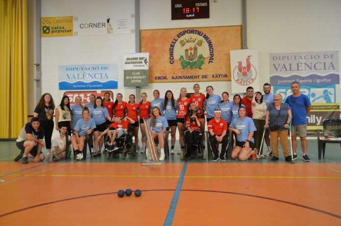 Una universitat americana de Seatle i ASPROMIVISE s'uneixen mitjançant l'esport inclusiu